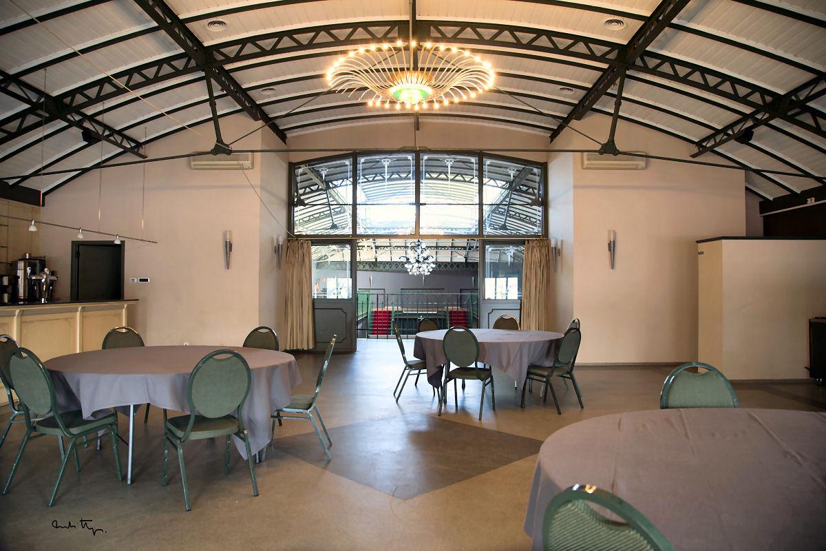 تالار جشن و مراسم تهران با رستوران ایرانی