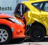 گزارش چندين تصادف بخاطر لغزندگی جاده ها